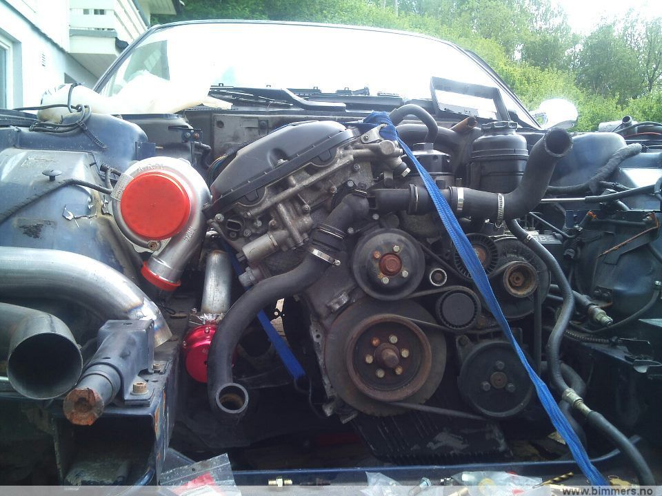M54b28 og mye e34 deler/hel bil som går bilig - BMW-deler selges