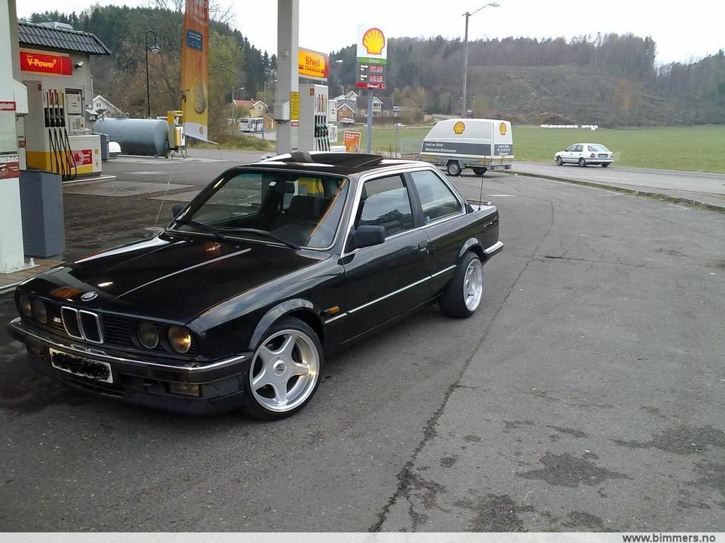 Bmw E30 325i Pre Elek Soltak M3skinn Brockb1 Mtec1 Eu2012 E30 3 Serie 1982 1991 Bimmers