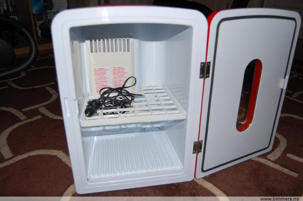 Mini kjøleskap til salgs