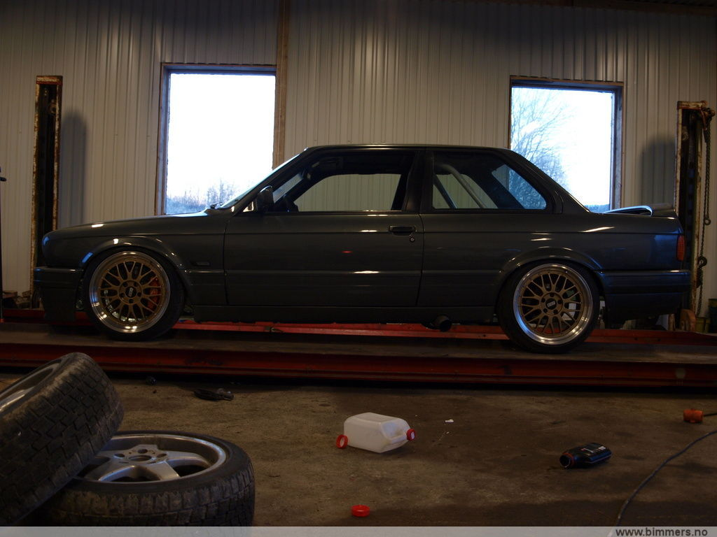 Ind Delivers Hot Green Bmw M2 Coupe as well How To Run Forgestar Super Deep Concaves On 335 additionally Bmw M3 Wheels Snow Tires 168097 furthermore Showthread further Bpgarage. on bmw m3 tires