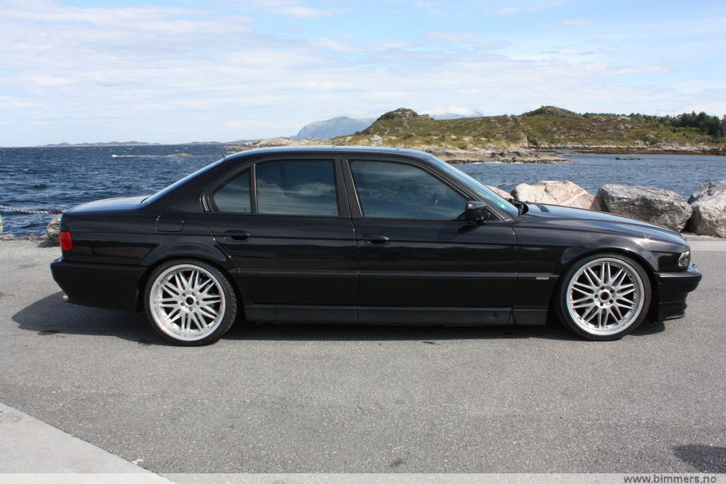 The Official E38 Show Off Your Rims Thread